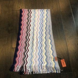 BNWT Missoni Sciarpa striped scarf with fringe
